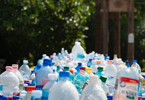 Disposable plastic water bottles